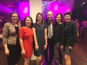 Die Unternehmerinnen Party ist in vollem Gange